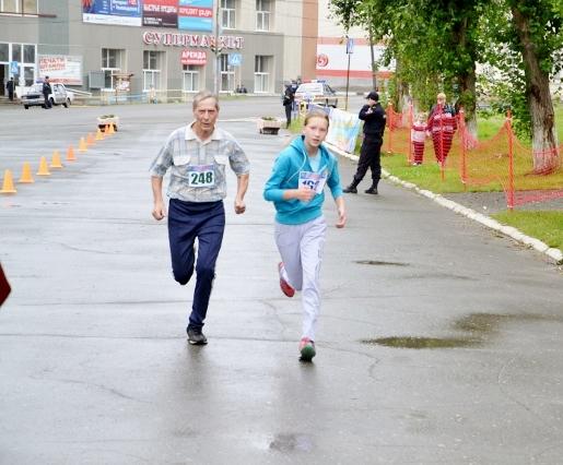 для одного бегуна темп бега может быть слишком быстрым , а для другого слишком медленным