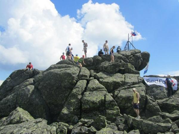 Конжаковский камень 1569 метров. Вершина. Ура!