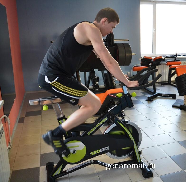 Велотренажер Упражнения Для Похудения Мужчин. Программа похудения на велотренажере для мужчин