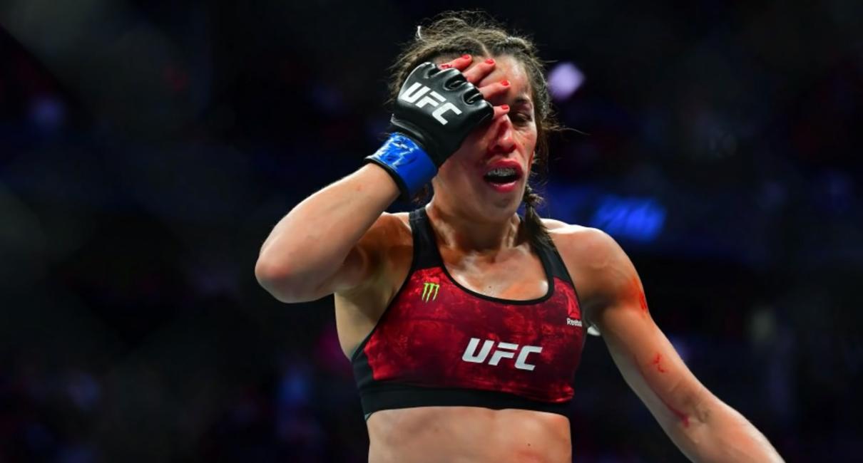 Джоанна Енджейчик после боя на UFC 248 против Вэйли Чжан.