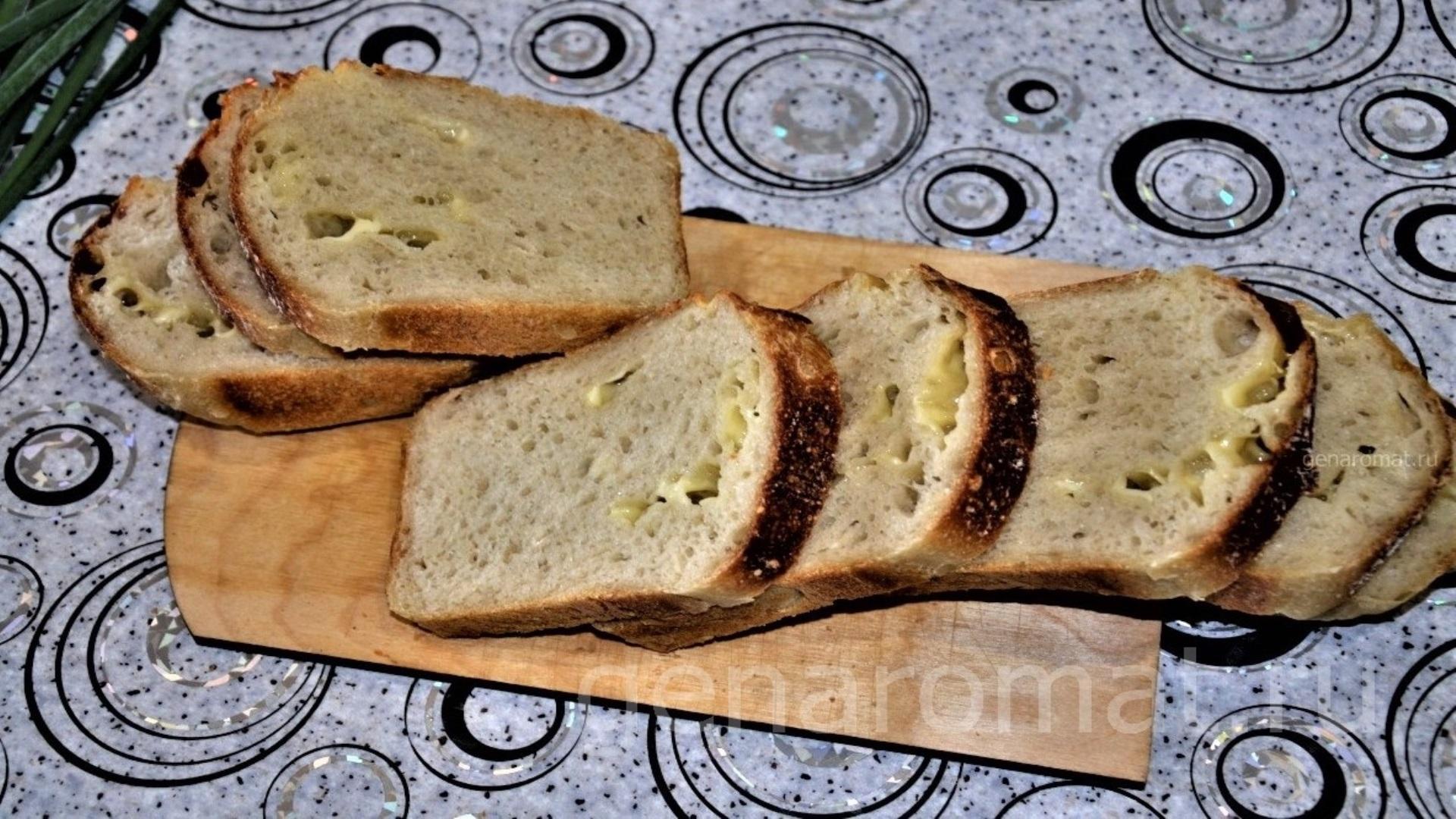 Пшенично-сырный хлеб